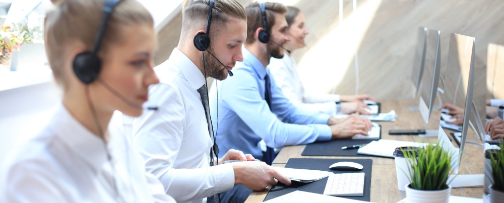 hire call center lowers telecom costs