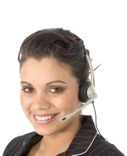 hispanic_customer_service_agent.jpg