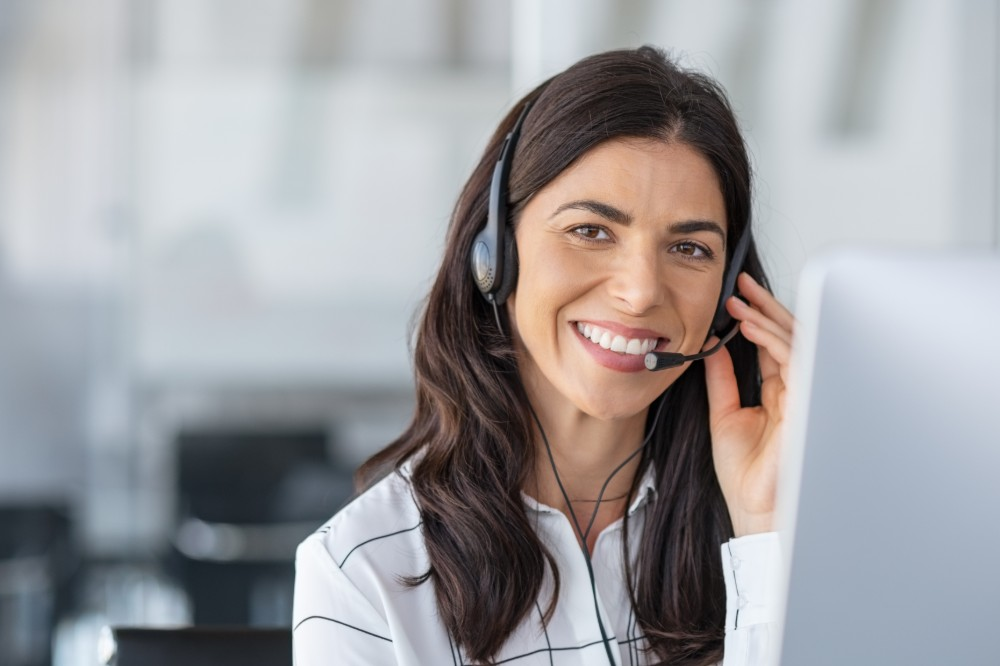 Why You Need A Bilingual Live Answering Service for Your Business