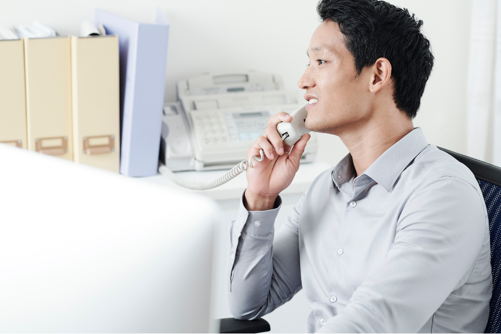 6 Questions to Ask When Hiring an Answering Service
